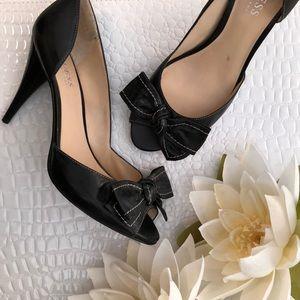 Guess Black Leather D'Orsay PeepToe Bow Heels EUC